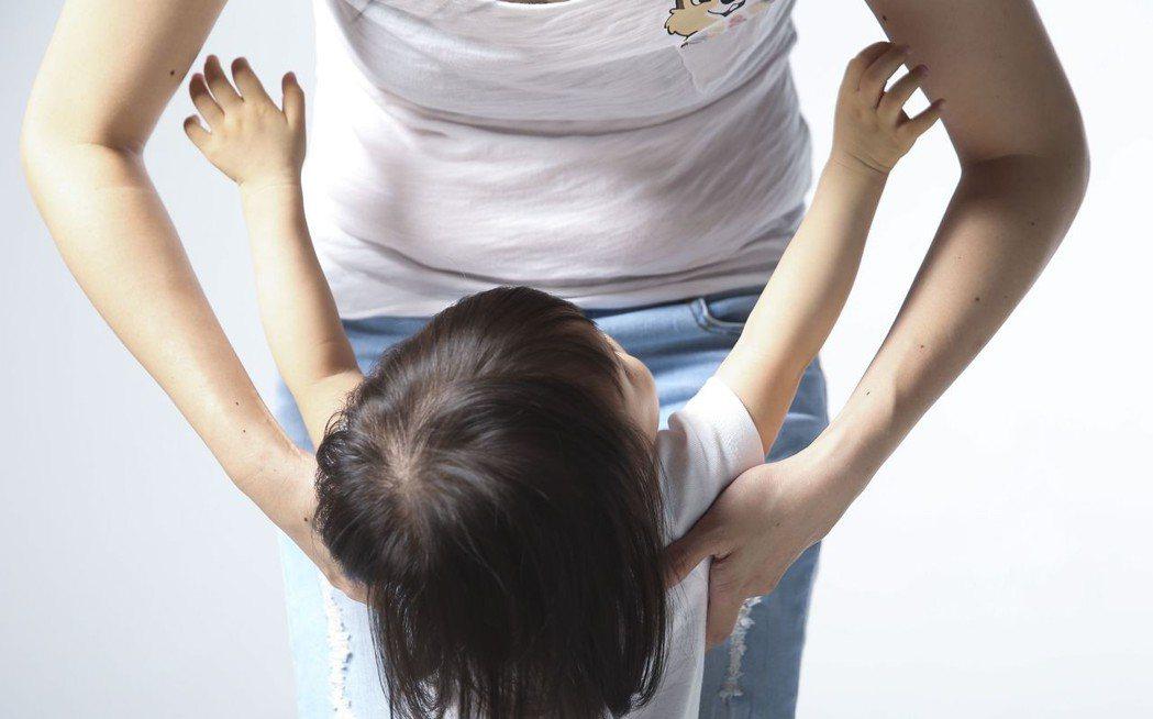 兒童保單設上限,同時也是為了避免引發道德風險。圖為情境照片非當事人。圖/聯合報系...