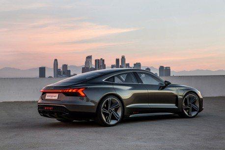 2018洛杉磯車展/斜背還是四環品牌最美 Audi e-tron GT Concept敲定2020年量產