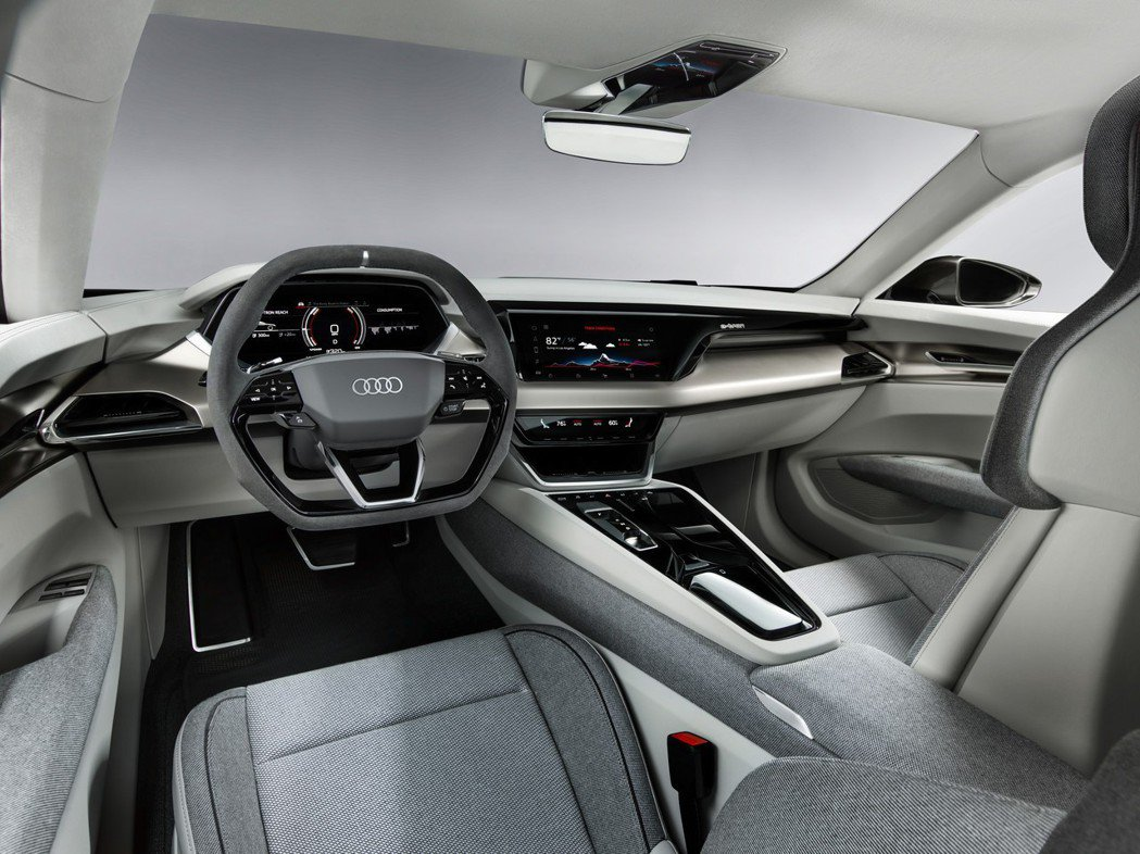 Audi e-tron GT Concept內裝依舊承襲Audi高科技質感的氛圍...