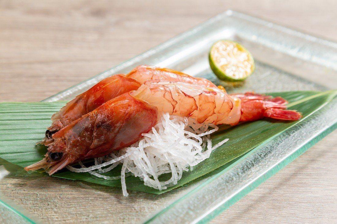 附餐贈送鮮美生食級甜蝦。
