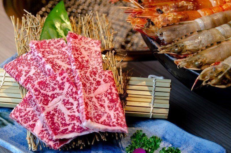 (圖/台灣旅行趣) ▲【鹿兒島和牛】的油花十分漂亮,五分熟就能吃到濃郁的風味與恰...