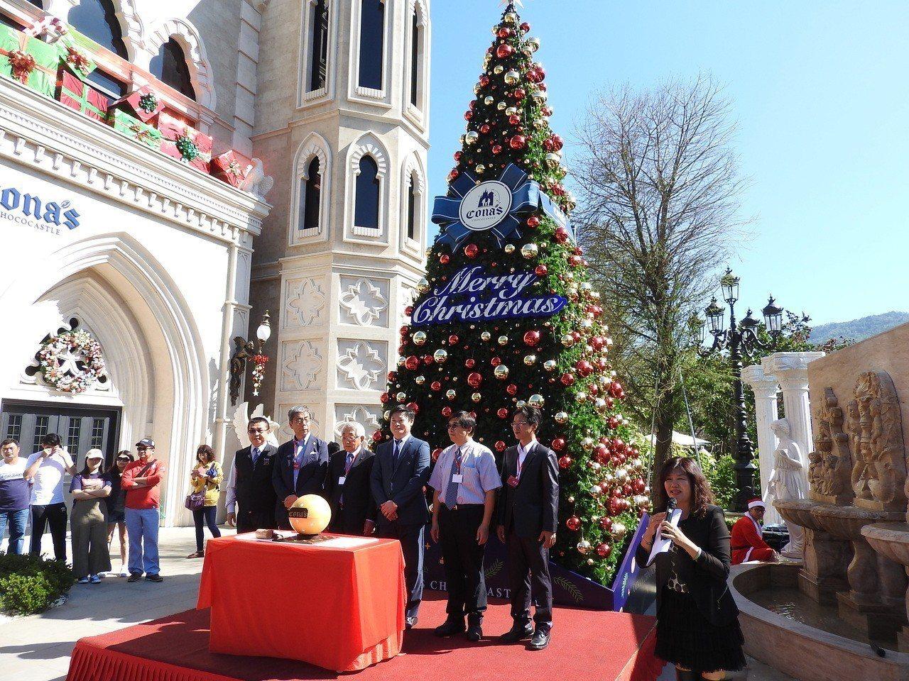 妮娜巧克力夢想城堡要將耶誕期間部分門票營收捐助弱勢童,預估將可捐助約120萬元。...