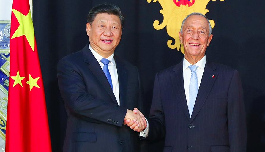 大陸國家主席習近平對葡萄牙國是訪問,與葡萄牙總統德索薩舉行會談。圖/新華社
