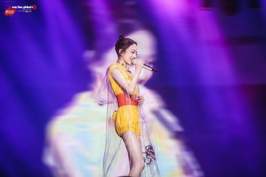 張韶涵14、15日將在台北小巨蛋開唱,其中一場邀來信擔任嘉賓。圖/IMC Liv...