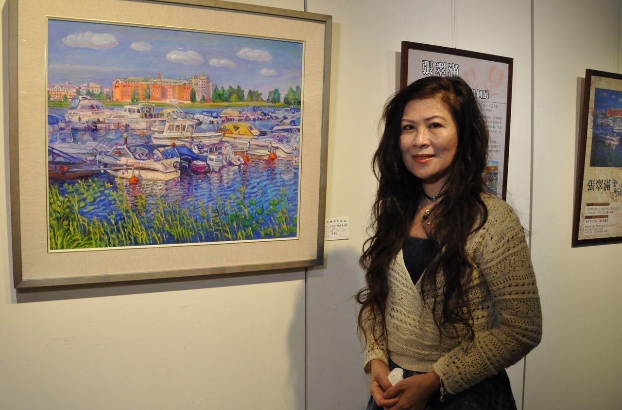 熱愛旅行的畫家張翠滿以畫筆記錄美麗世界,即日起至16日,在新竹市文化局竹軒畫廊展...