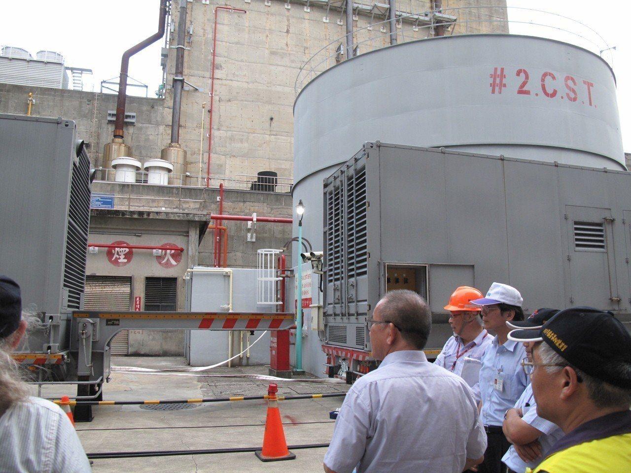 核一廠1號機今天除役,綠委要求新北市長當選人侯友宜針對核電廠是否延役等議題清楚表...