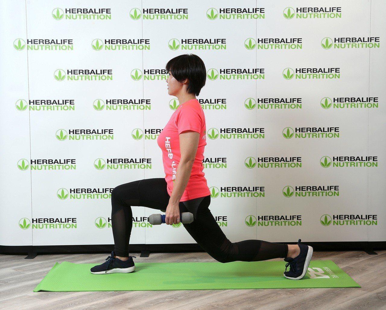 增加肌肉量是維持健康管理的重要關鍵,搭配一周333原則規律運動,並於運動後半小時...