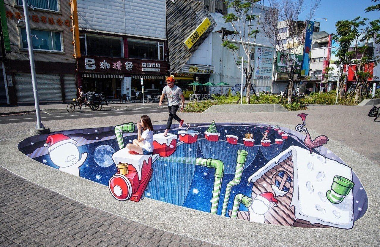 台南市海安路街道美術館聖誕節又有新的創意。圖/陳彥旭提供
