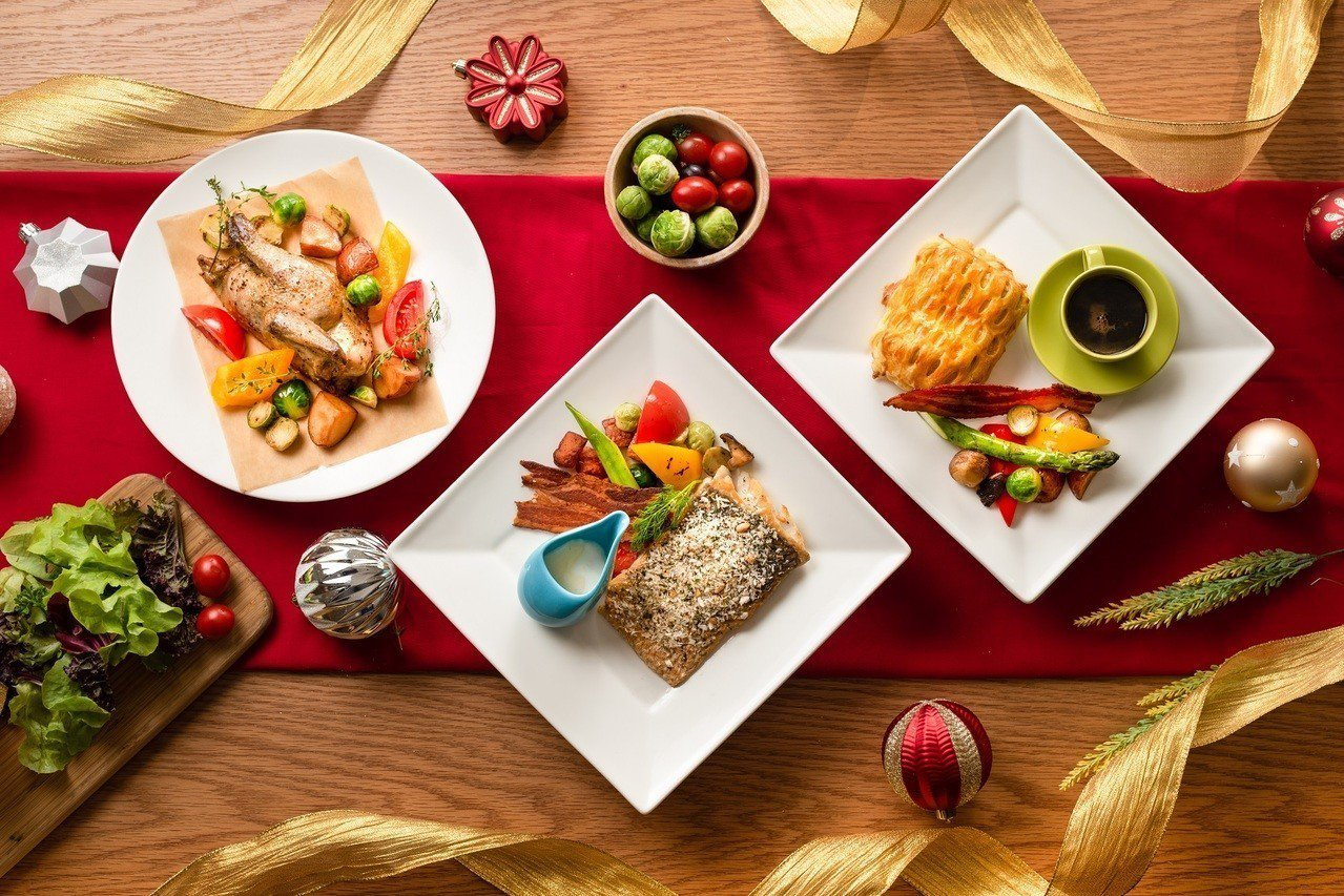 高雄英迪格聖誕跨年自助餐主菜。 圖/業者提供