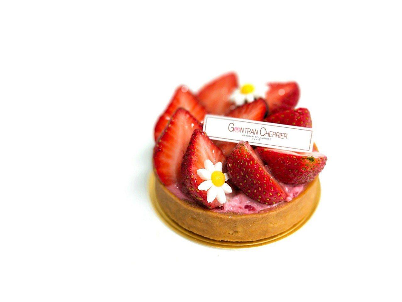 草莓塔售價170元,每日限量10個。圖/SOGO提供