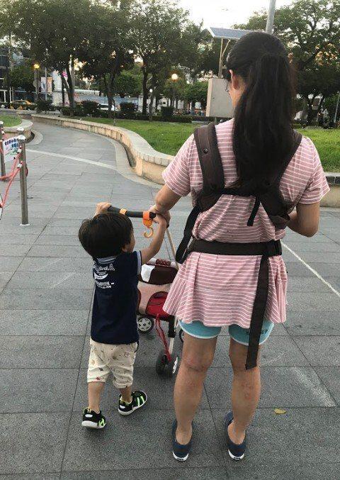 小媽媽面臨許多壓力,市府和勵馨籲請社會提供友善環境。圖/社會局提供