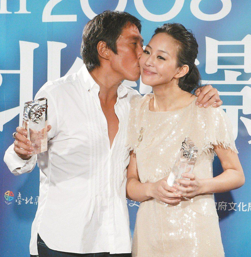 鈕承澤(左)過去趁著拍戲時強吻張鈞甯(右)。 圖/聯合報系資料照