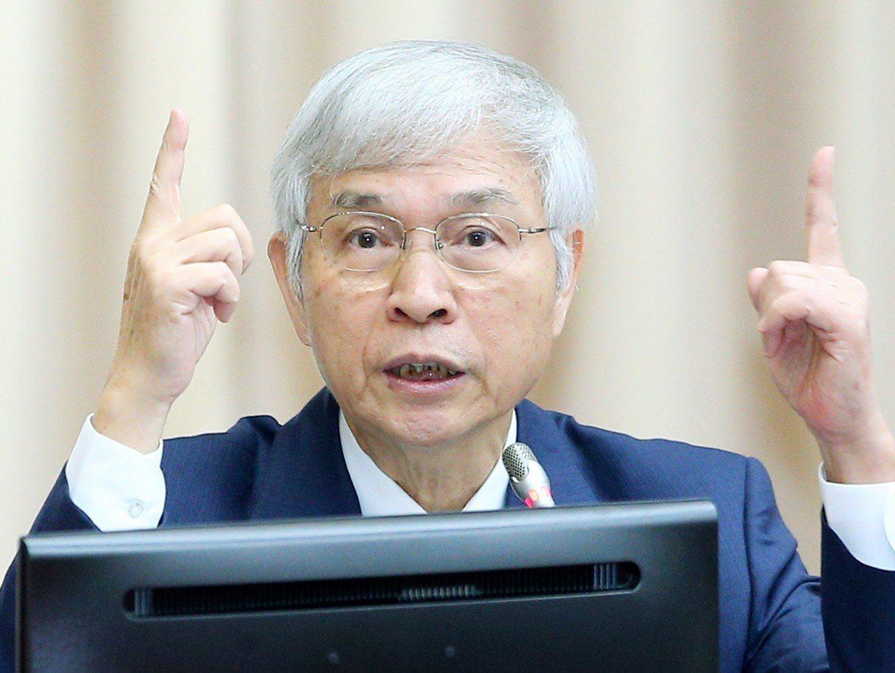 中央銀行總裁楊金龍指貿易戰至少會持續一到兩年。 記者陳正興/攝影