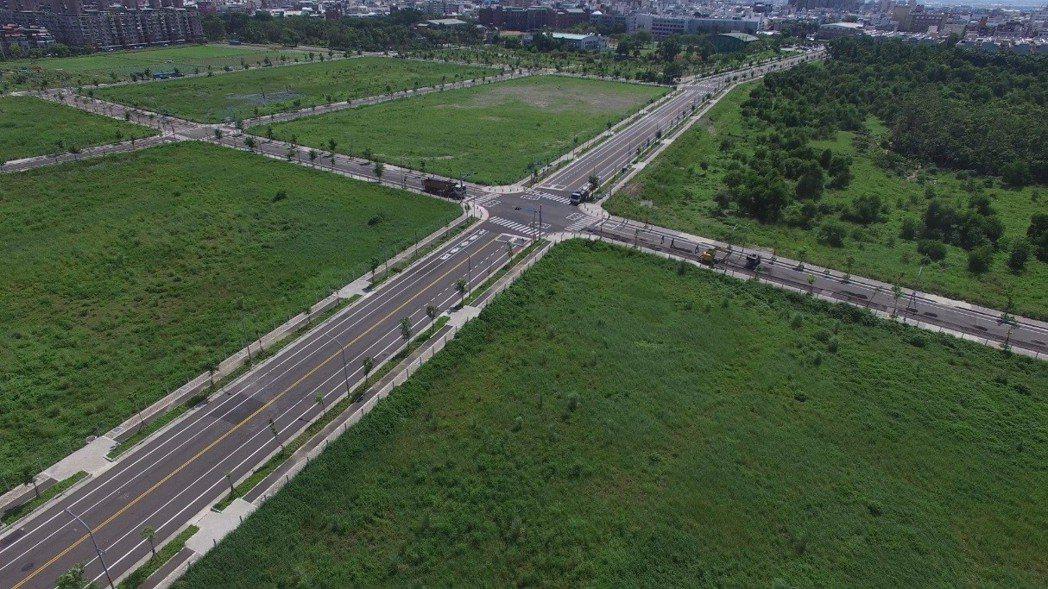 南臺南副都心區段徵收-施工完成。  地政局 提供