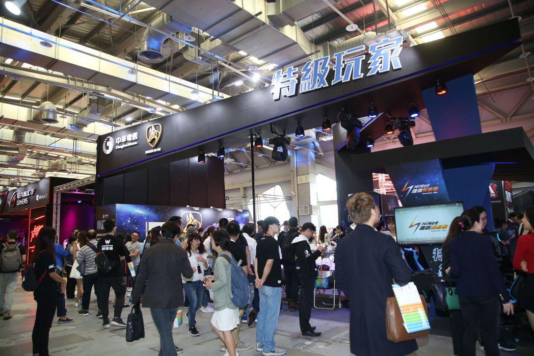 中華電信在WirForce現場傾力打造主題攤位  毛洪霖/攝影