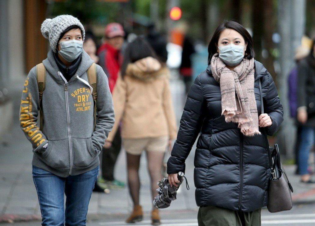 國健署慢性疾病防治組組長賈淑麗表示,國外研究顯示,若溫度差異達攝氏7度以上,很容...