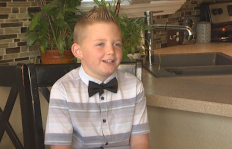 9歲男童戴恩得知丟雪球違法後,決心改變現行法律。圖片來源/CBS