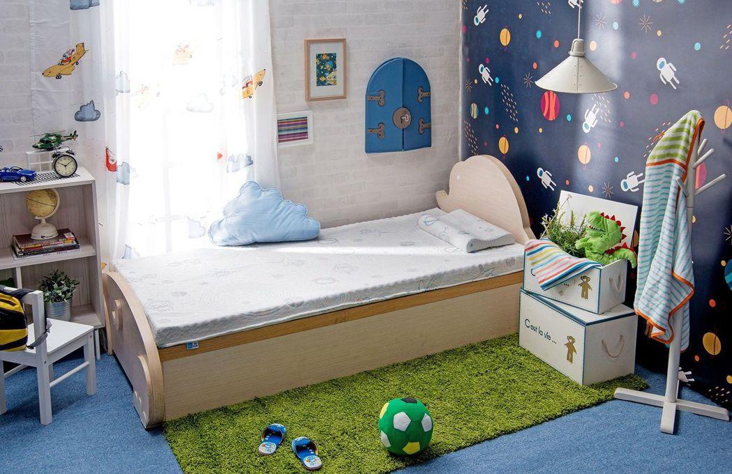 TENDAYS KIDS太空幻象護脊兒童床墊(單人5cm),原價17,800元,...