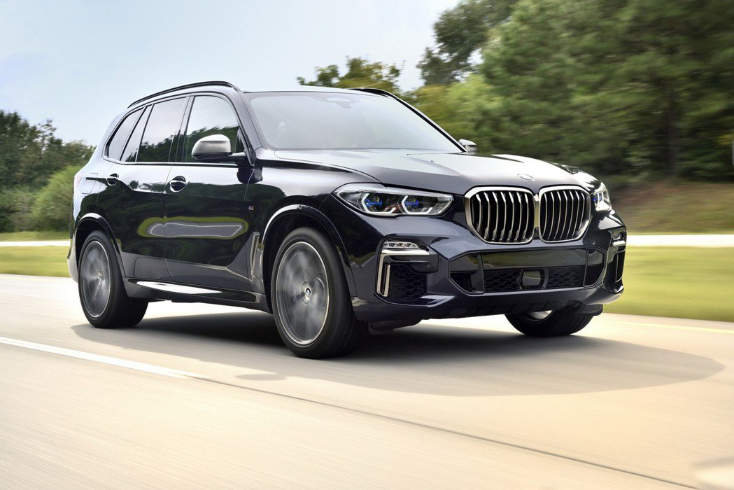 全新世代BMW X5即將盛大發表-性能休旅X5 M50d同場重磅登場。 圖/汎德提供