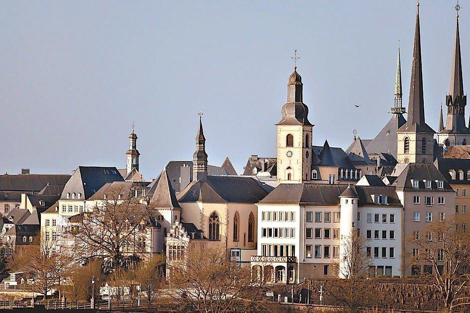 盧森堡將在明年夏天起免費提供免費大眾運輸服務,創下全球首例。圖/路透社