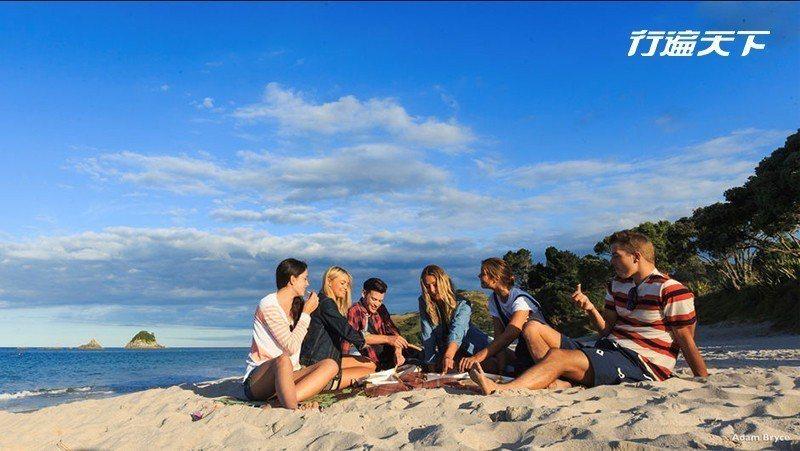 在耶誕節前後,氣溫是紐西蘭一年最熱的季節,約莫30度左右的高溫,讓耶誕節格外不一...
