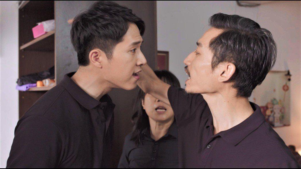 陳竹昇(右)與楊孟霖有不少衝突戲碼。圖/公視提供
