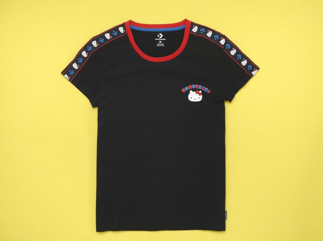 Converse與Hello Kitty聯名系列黑色短袖T恤,1,180元。圖/...