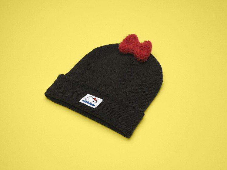 Converse與Hello Kitty聯名系列休閒毛帽,980元。圖/Conv...