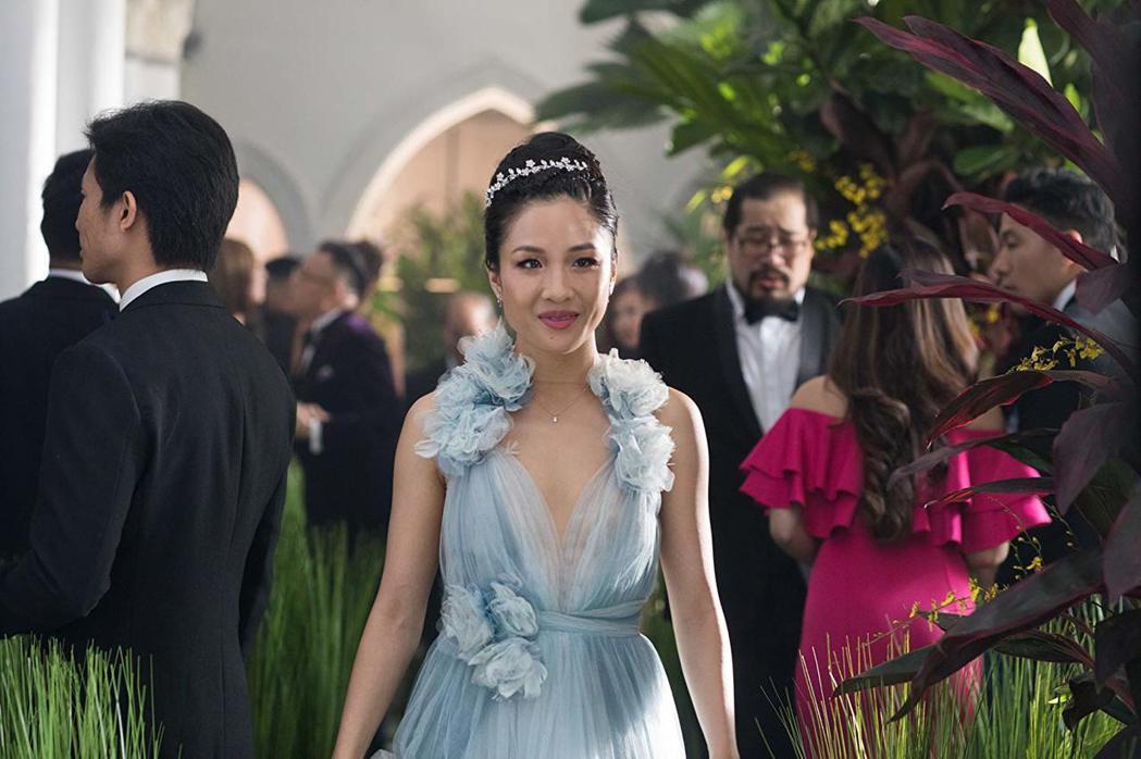 「瘋狂亞洲富豪」吳恬敏提名金球獎影后,影片本身也入圍大獎。圖/摘自imdb