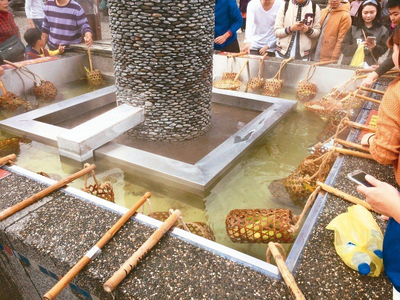 宜蘭縣清水地熱公園以地熱水煮蛋聞名。 圖/宜蘭縣府提供