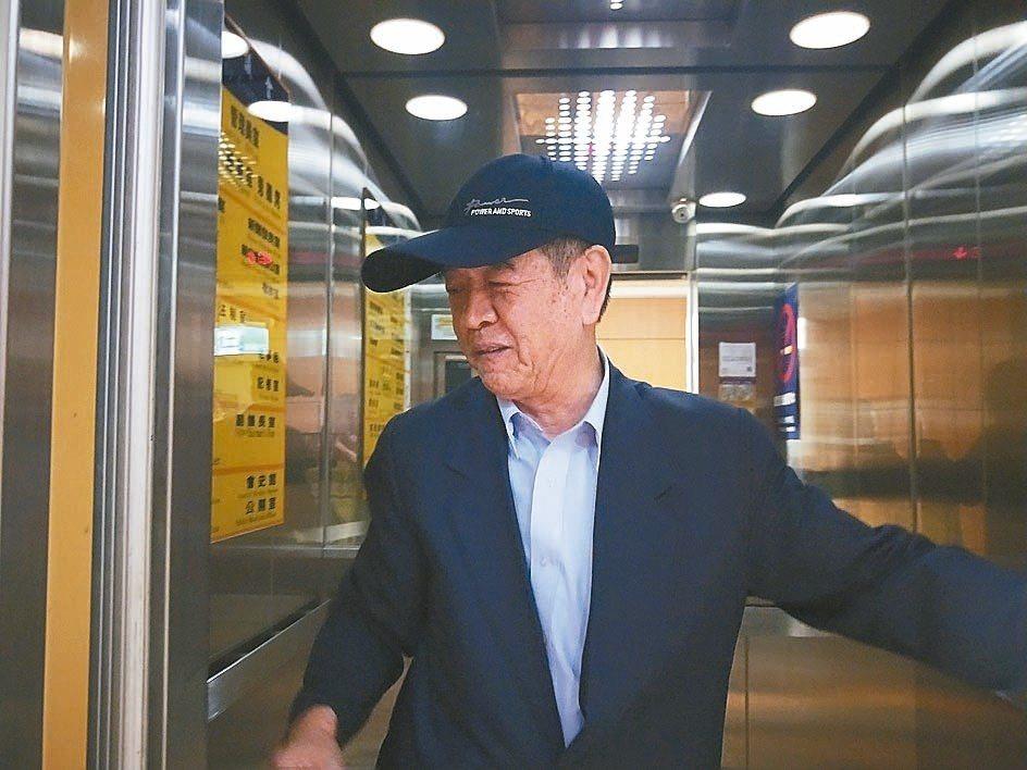 昨天上午議會開臨時會,副議長蔡旺璉對參選議長一事表示會協調。 記者游明煌/攝影