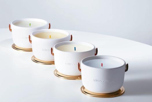 ●路易威登LOUIS VUITTON香氛蠟燭售價:175英鎊(約新台幣7,100...