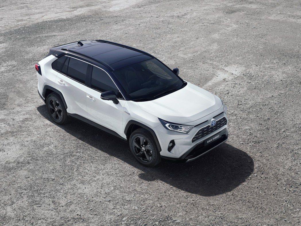 全新Toyota RAV4 Hybrid將在明年四月於英國上市。 摘自Toyot...