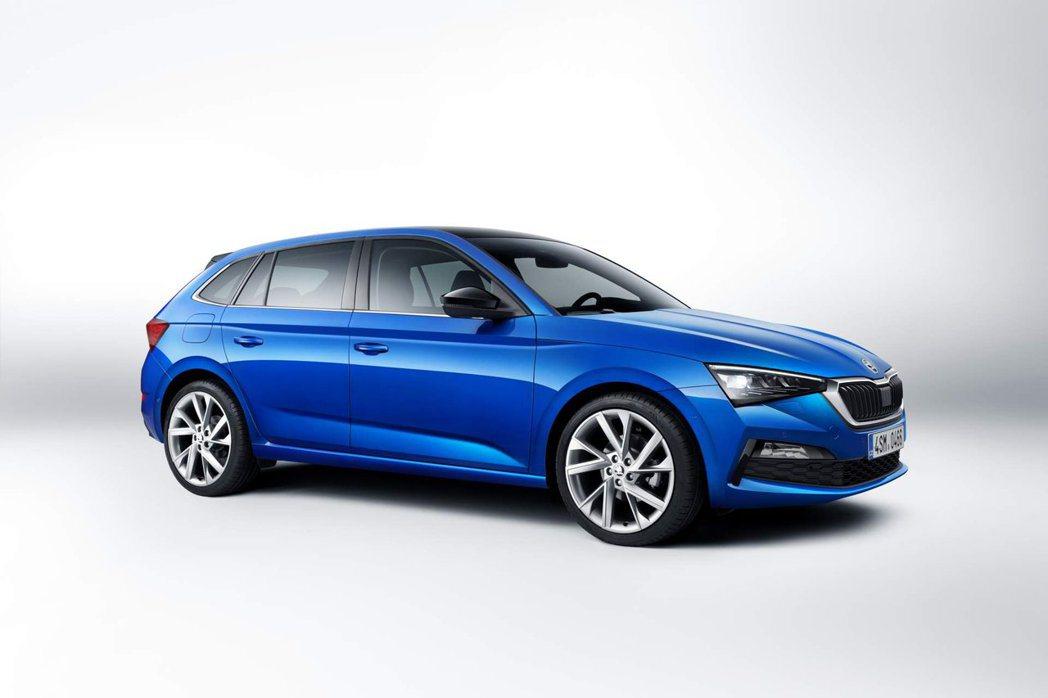 全新ŠKODA Scala有汽油、柴油、天然氣等三種引擎,共五種動力的車型。 摘...