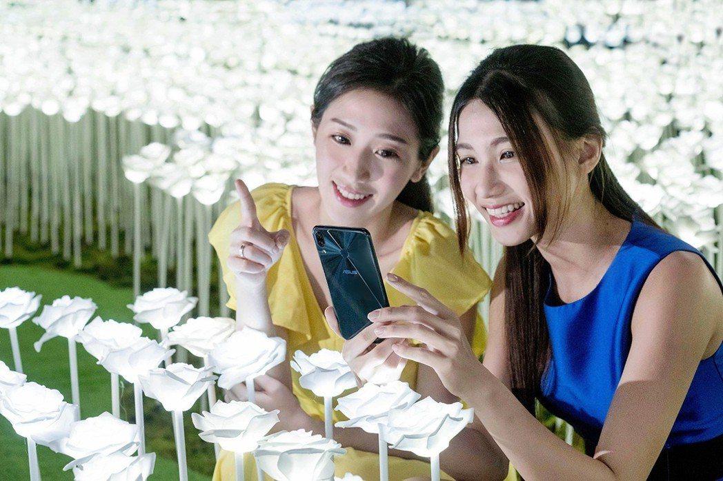 ZenFone家族重回日本銷售前十,雖為單日但能回鍋讓人驚豔。 華碩/提供