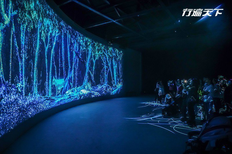 深具視覺震撼的3886劇場中感受大甲溪及雪霸山林的動態地景。  攝影|行遍天下