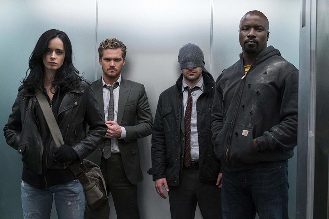 「漫威捍衛者聯盟」中已有3位英雄的戲喊停。圖/摘自imdb