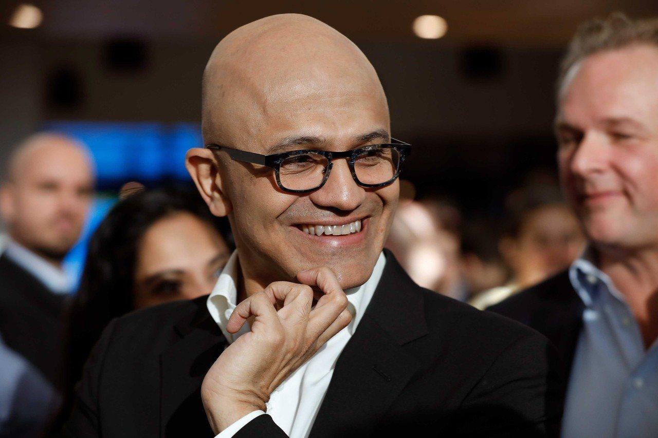 微軟執行長納德拉(如圖)等矽谷大咖6日齊聚白宮提供意見,確保美國在人工智慧、量子...