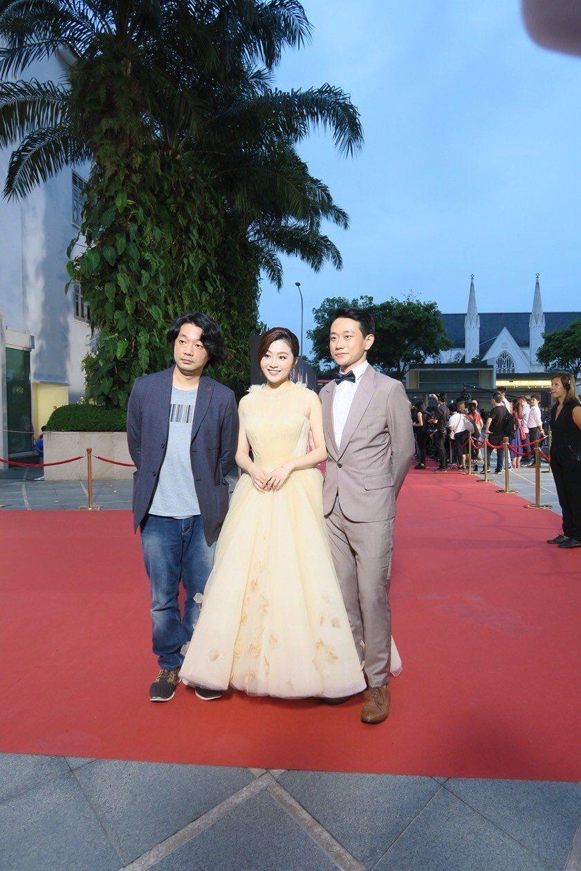 「台北歌手」導演樓一安(左起)、楊小黎、陳家逵出席新加坡亞洲電視學院頒獎典禮星光