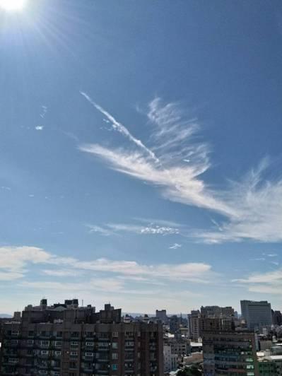 台中市的空汙減緩,天空也變藍了。記者黃寅/攝影