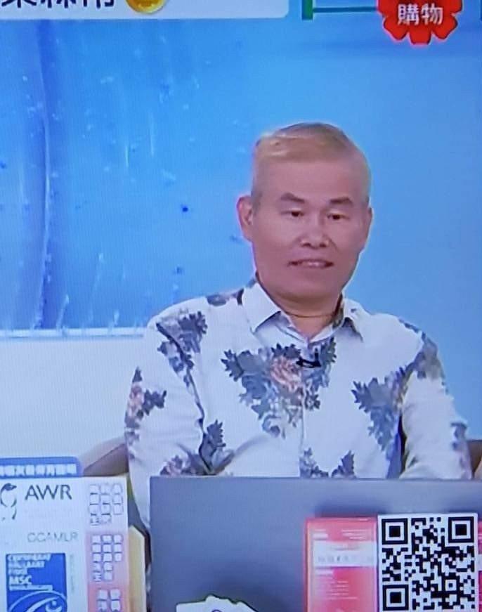 劉俊耀八月在購物台時就已滿頭白髮。圖/摘自狄志偉臉書