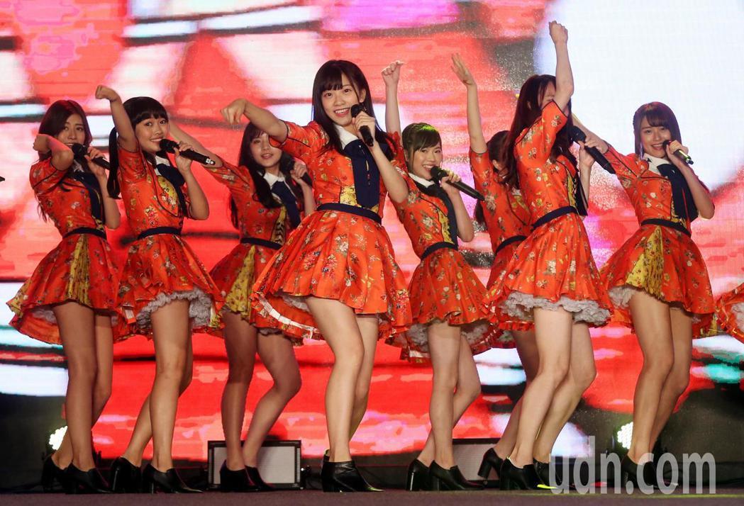 cool japan展覽,AKB48 Team TPE 新曲首唱。記者林俊良/攝...