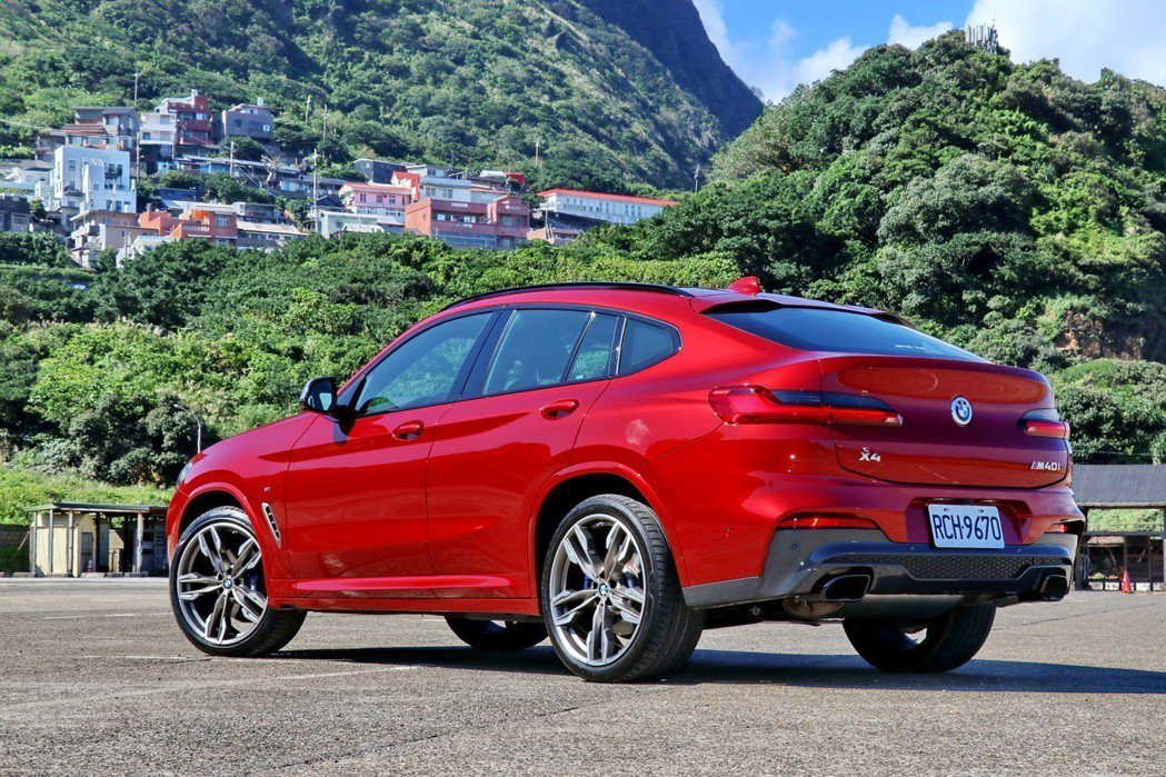 BMW X4 M40i擁有更加張狂的外觀。 記者陳威任/攝影