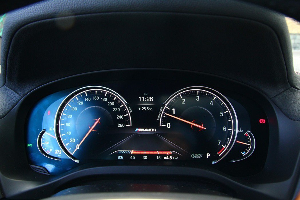 12.3吋多重行車模式儀錶板。 記者張振群/攝影