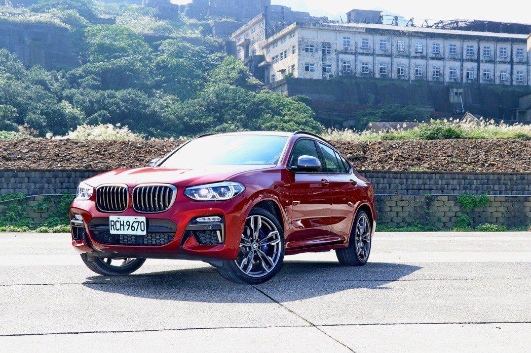 BMW X4 M40i。 記者陳威任/攝影
