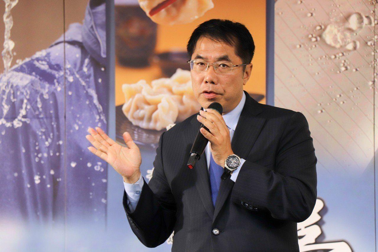 台南市長黃偉哲當選人認為,中國大陸若是抱著和善態度來台,台南會展現最大善意接待陸...