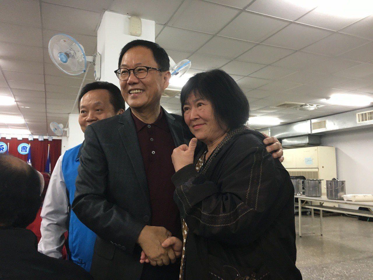 國民黨台北市長候選人丁守中今天下午出席南港區後援會感恩茶會。記者張世杰/攝影