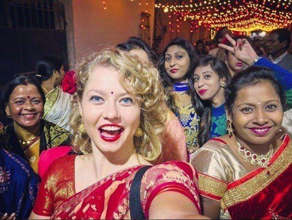 印度婚禮以熱鬧奢華以及複雜傳統儀式聞名世界,創新公司看準商機,設立網站讓印度新人...