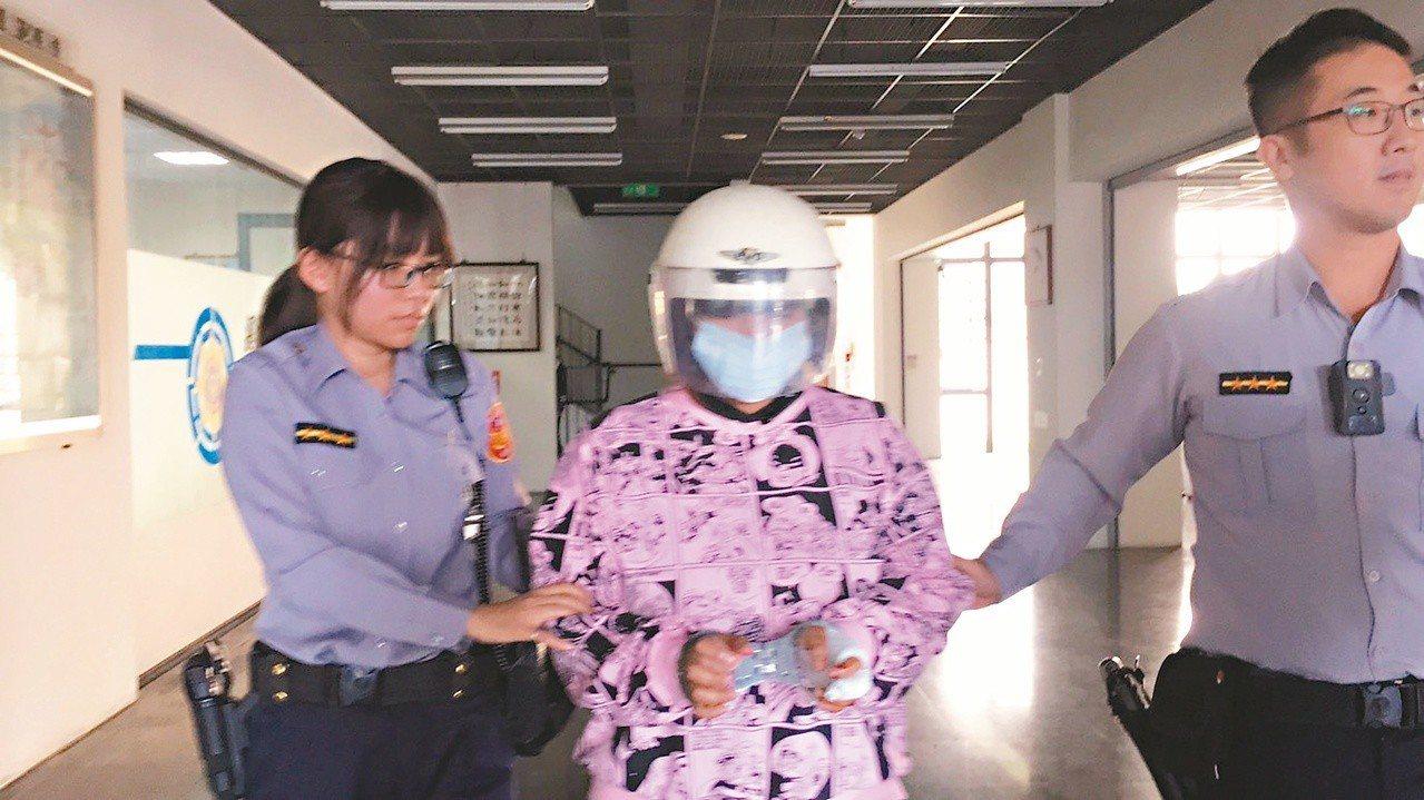 彰化縣發生一起人倫悲劇,離婚的印尼媽媽涉嫌殺死前夫和15歲親生女兒。兇嫌隨後到派...