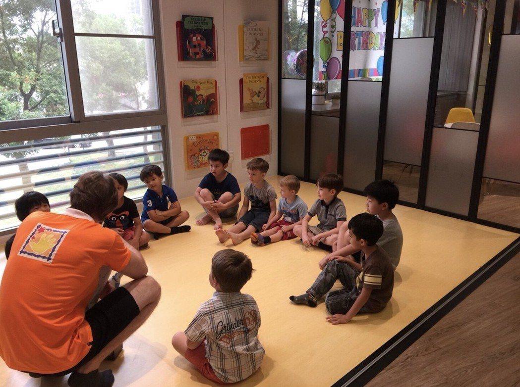 全英環境幫助孩子自然學習第二母語。 Graceful Hands TW/提供